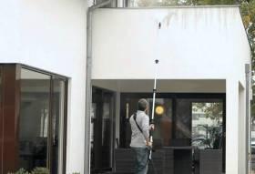 Fassade algenfrei waschen